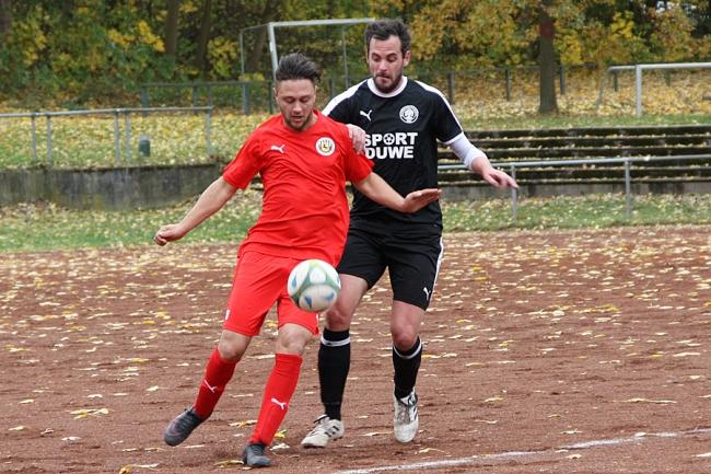 Knaubs frühes Tor ebnet Sportfreunde den Weg